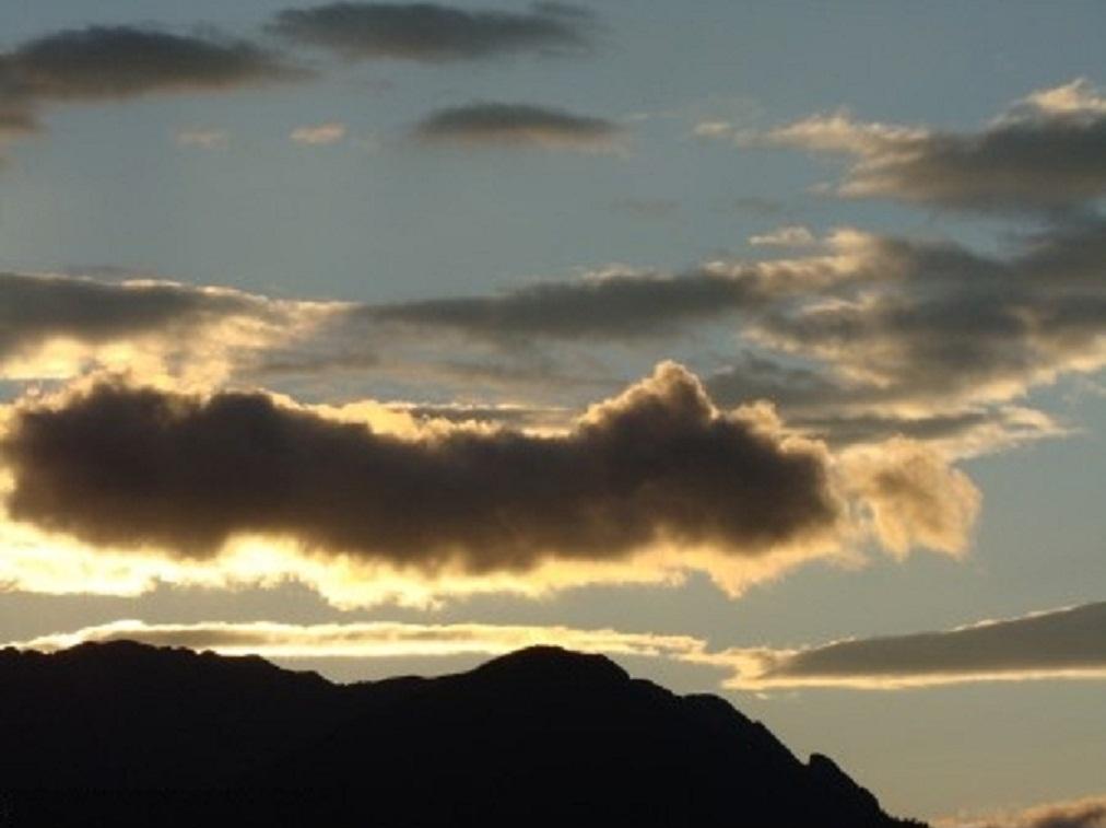 Nuvens ao por do sol