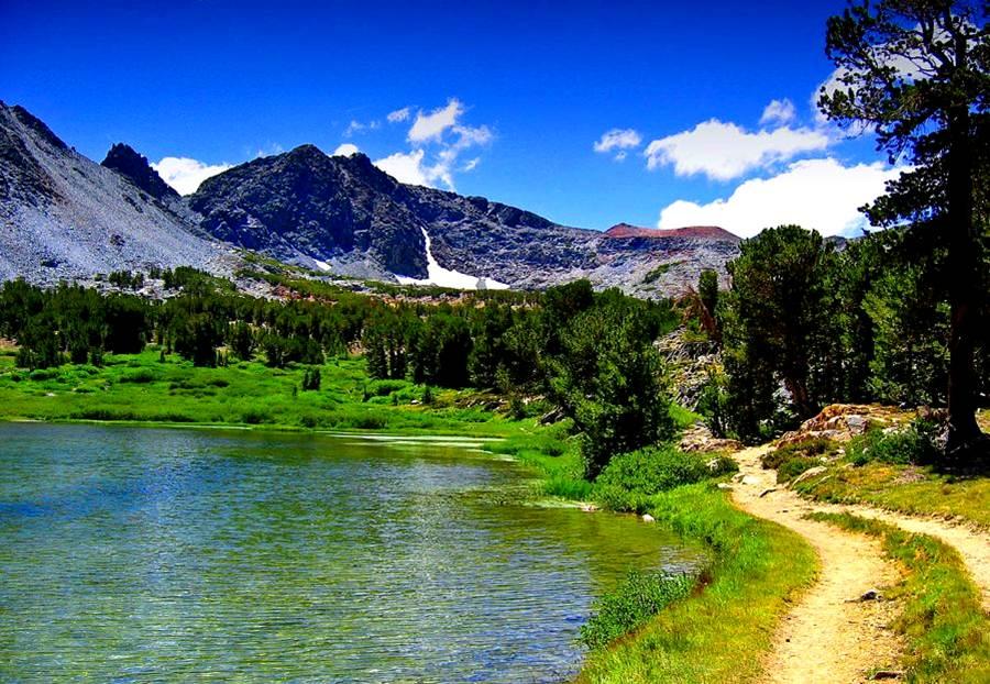 Estrada lago montanha