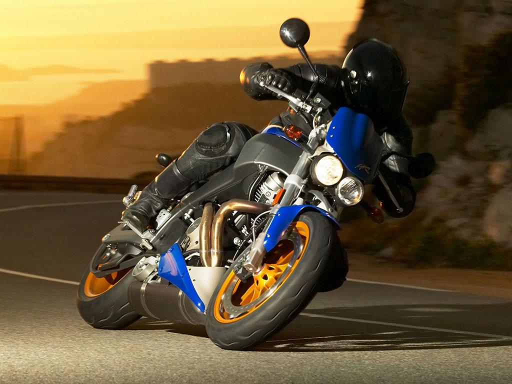 Moto Kawasaki 1